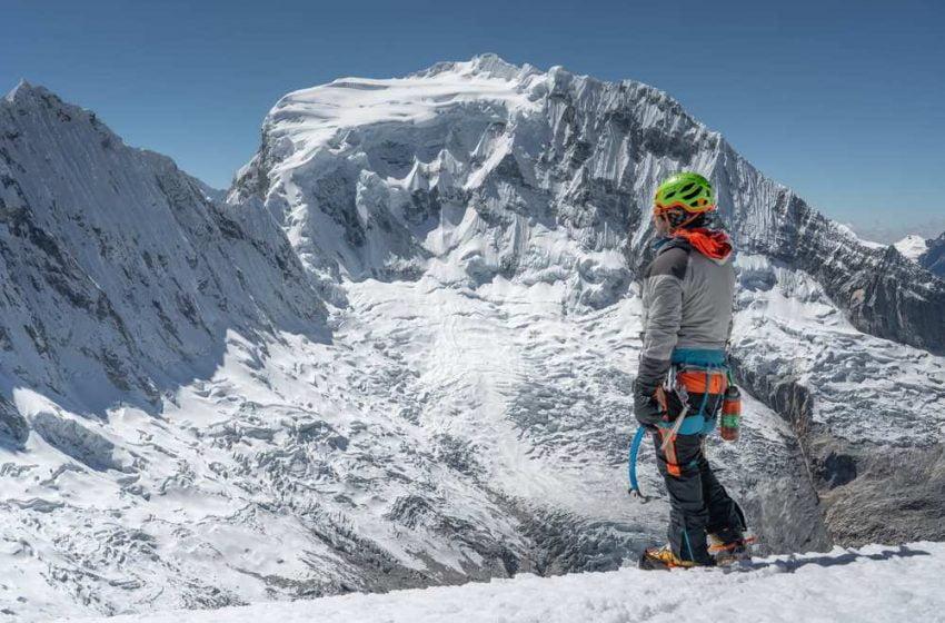 Bandera del Perú flameará en el nevado Huascarán