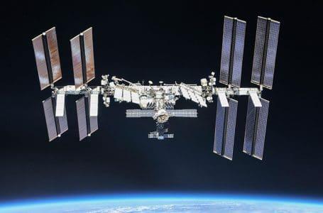"""La ISS realizó una maniobra """"burn"""" para evitar una colisión"""